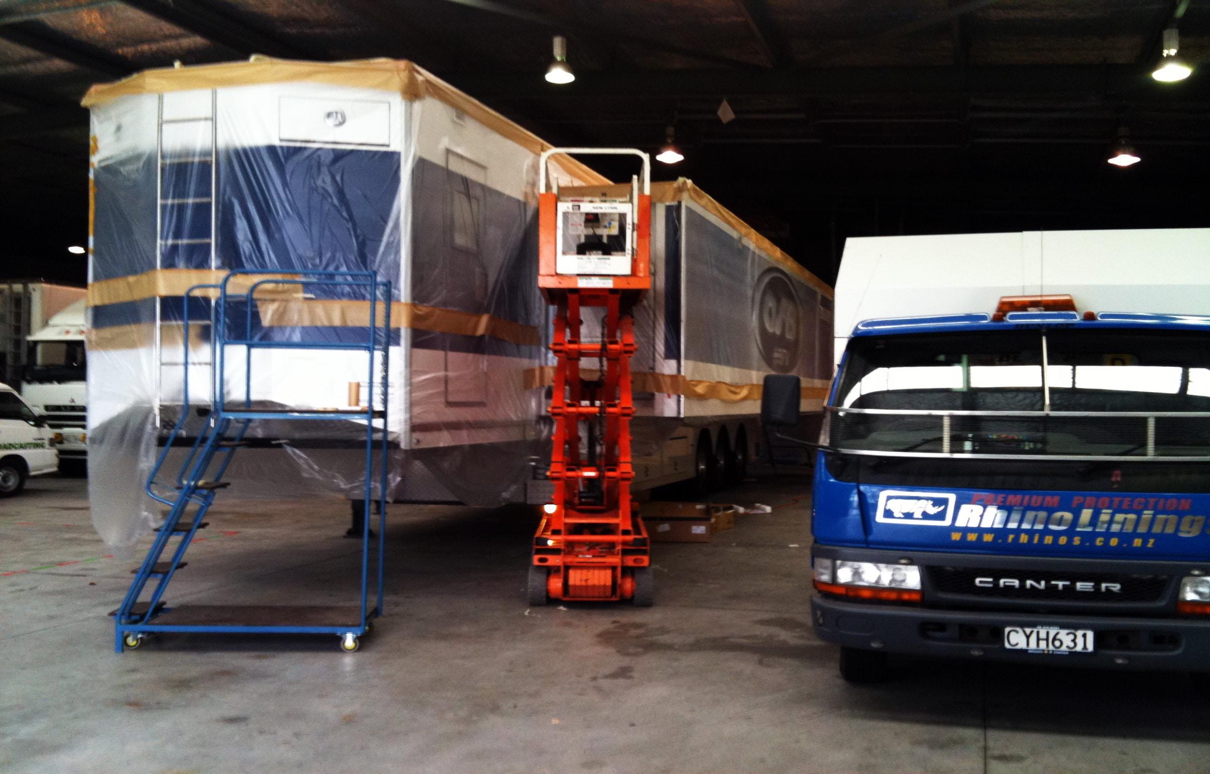 On-site Broadcasting Truck roof waterproofing
